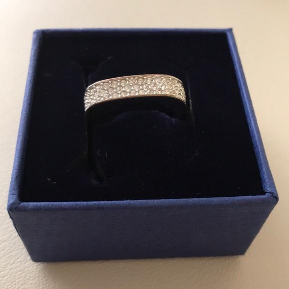 Swarovski Jewelry - Ring